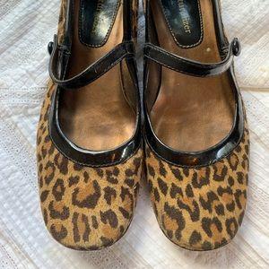 Leopard Naturalizer Mary Janes Sz 6.5